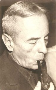 Gombrowicz-con-pipa-2