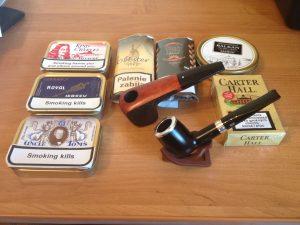 Tytonie i fajki tanio odstąpię.